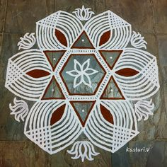 Easy Rangoli Designs Videos, Simple Rangoli Designs Images, Rangoli Designs Flower, Rangoli Border Designs, Rangoli Ideas, Rangoli Designs Diwali, Rangoli Designs With Dots, Kolam Rangoli, Flower Rangoli