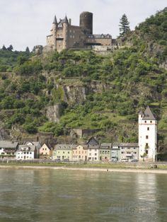 castles in romantic germany - the rhineland-palatinate | St. Goarshausen Along the Rhine River, Rhineland-Palatinate, Germany