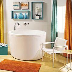 Soaking Deep Bathtub For Small Bathroom