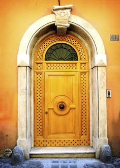 Roman Door #CroscillSocial