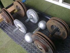 Imagem Homemade Gym Equipment, Diy Gym Equipment, Gym Workouts, At Home Workouts, Diy Home Gym, Home Gym Design, Weight Benches, Garage Gym, Outdoor Playground