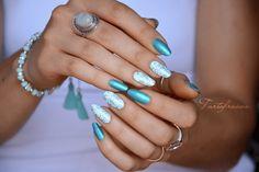 nail art spirales arabesque turquoise