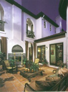 Spanish style homes – Mediterranean Home Decor Tuscan Style Homes, Spanish Style Homes, Spanish House, Spanish Colonial, Spanish Revival, Mexican Hacienda, Hacienda Style, Spanish Courtyard, Mexican Courtyard
