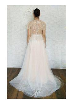 Ehi, ho trovato questa fantastica inserzione di Etsy su https://www.etsy.com/it/listing/516666881/bridal-tulle-skirt-separeted-wedding