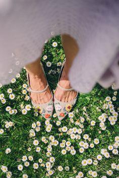 Gal Meets Glam Kew Gardens - Tabitha Simmons flats just blending in