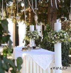 Λαμπάδες γάμου με λευκά και σομόν τριαντάφυλλα. #γαμοςκρητη #στολισμοςγαμου #λαμπαδεςγαμου Crete, Wedding Styles, Weddings, Table Decorations, Flowers, Home Decor, Decoration Home, Room Decor, Wedding