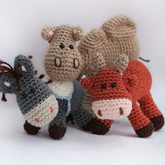 Nativity set: Donkey, ox and Camel amigurumi crochet pattern by Woolytoons