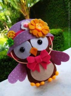 Darling felt owl....Adorable