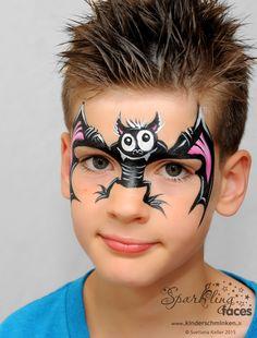 Halloween makeup for kids - 20 inspiring ideas :) - nettetipps.de - Halloween makeup for kids – 20 inspiring ideas :] – nettetipps. Halloween Makeup For Kids, Kids Makeup, Face Painting Tutorials, Face Painting Designs, Face Painting For Boys, Body Painting, Bat Face Paint, Skin Paint, Bodysuit Tattoos