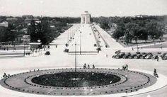 Bucuresti - Piata Jianu - (actual Ch. De Gaulle) - 1936 Little Paris, Bucharest Romania, Old City, Photo Archive, Barbershop, Old Photos, Dan, Tourism, Nostalgia