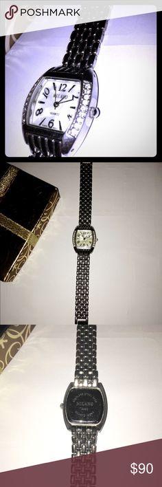 Milano Quartz Women's Watch ⌚️💕 Milano Quartz Women's Watch ⌚️💕 Quartz face w/ a Stainless Steel body which never will tarnish. Very solid clasp 🎉👌🏽GREAT CONDITION👌🏽🎉 Milano Quartz Accessories Watches