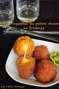 Les croquettes de patate douce, coeur fondant au fromage - Expolore the best and the special ideas about Fast recipes No Salt Recipes, Veggie Recipes, Vegetarian Recipes, Cooking Recipes, Fast Recipes, Dinner Recipes, Tapas, World Street Food, Food Porn
