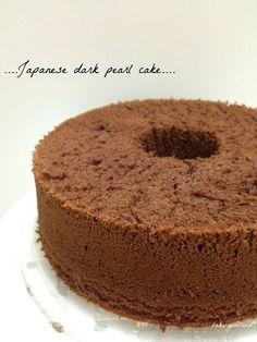 Baking on Cloud 9: Japanese dark pearl cake