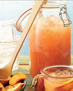 """Georgia Peach"" Lemonade"