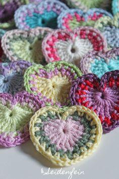 seidenfeins Blog vom schönen Landleben: gehäkelte BOHO Herzchen * Tutorial * crochet Boho ...