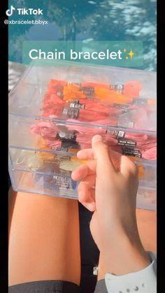 Diy Crafts To Do, Diy Crafts Hacks, Diy Crafts Jewelry, Bracelet Crafts, Diys, Diy Friendship Bracelets Tutorial, Diy Friendship Bracelets Patterns, Diy Bracelets Easy, Summer Bracelets