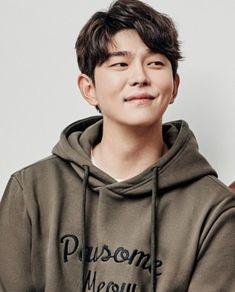 Khottie of the Week: Yoon Kyun Sang Asian Actors, Korean Actors, Korean Men, Doctors Korean Drama, Kyun Sang, Netflix Horror, Kim Book, Song Jae Rim, Korean Short Hair