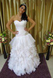 Fehér Esküvői Ruha 4 Oldal Menyzonyi Eternityszalon Hu