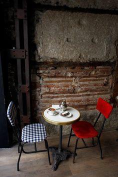 Un café con encanto vintage en Madrid