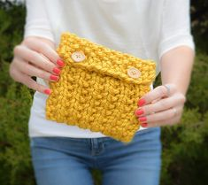 """Knit this cute & easy """"Anything Pouch"""" by Mama in a Stitch! Works up fast with Lion Brand Hometown USA!"""