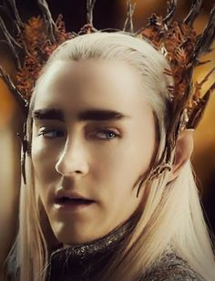 Bow down for the great elven king, Thranduil!