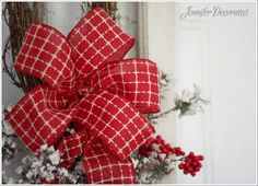 Christmas Bow You Can Make Yourself! Step by Step Tutorial. Christmas bow making for the holidays. Do you wish you could make a beautiful bow? Well, stop by and I will teach you how! Ribbon On Christmas Tree, Christmas Swags, Outdoor Christmas Decorations, Christmas Crafts, Christmas Ideas, Christmas 2016, Holiday Ideas, Plaid Christmas, Holiday Tree