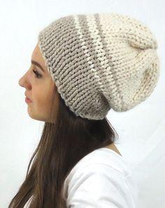 https://www.etsy.com/it/listing/253996142/berretto-cappello-lana-maglia?ref=listing-shop-header-2