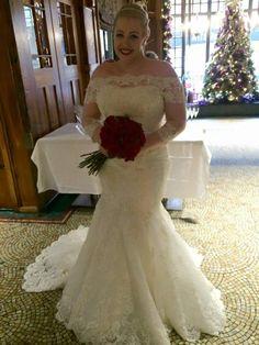 Emma ❤️ #realbrides #LOVEBridalBoutique #LOVEBridalBoutiquebrides @thebelleepoque1 @enzoani  #cheshirewedding