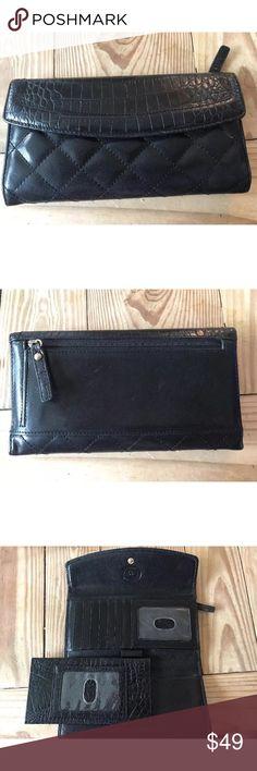 Brahmin wallet Excellent! Brahmin Bags Wallets