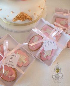 Cake, Decorated Sugar Cookies, Pie Cake, Cakes, Cookies, Cheeseburger Paradise Pie, Pastries, Cookie