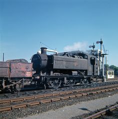 Railway Herald :: Imaging Centre :: 8486 at Reading General