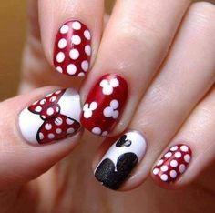 Nail art rojo