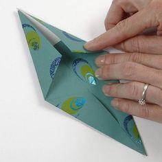 Read information on Origami Paper Folding Recycled Christmas Decorations, Photo Christmas Ornaments, Christmas Crafts To Make, Christmas Carol, Xmas, Leaf Cutout, Papier Diy, Modern Holiday Decor, Diy Advent Calendar