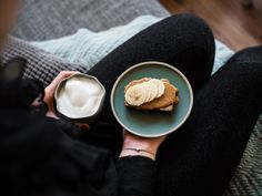 Saftiges Bananenbrot Muffin Bread, Dessert, Food Porn, Baking, Cake, Kuchen, Pies, Hemp Seeds, Peanut Butter