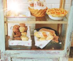 Miniature rustic bakery love! ❤️ Cynthia's Cottage Miniatures