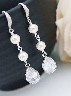 beautiful bridal jewelry.