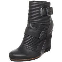 Dolce Vita Women's Thomasina Ankle Boot (Apparel)