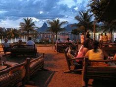 Palaphita Kitch para assistir o por do sol na Lagoa Rodrigo de Freitas