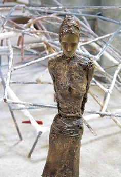Anne de Villemejane is an established French artist living in NY. Her sculptures and paintings are exhibited in major galleries and art shows. Bronze Sculpture, French Artists, Contemporary Artists, Sculptures, Paintings, Paint, Painting Art, Painting, Draw