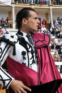 Iván en la Goyesca de Cáceres (Foto: Rubén García - 27abr13)