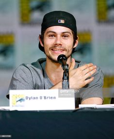 """p-pikachu: """"Dylan O'Brien speaks onstage at MTV's 'Teen Wolf' panel during Comic-Con International 2015 at the San Diego Convention Center on July 2015 in San Diego, California. Dylan O'brien, Stydia, Sterek, Dylan O Brien Cute, Meninos Teen Wolf, Landon Liboiron, Samuel Larsen, Teen Wolf Cast, O Brian"""