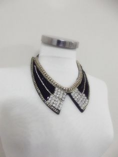Hey, I found this really awesome Etsy listing at https://www.etsy.com/listing/213137769/detachable-peter-pan-collar-necklace