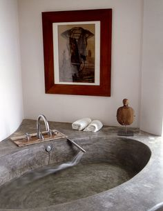 Concrete bathtub in a home in Ibiza, Spain. / bontool.com