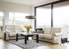JC Perreault Salon - Contemporain - Ekornes - Collection Liberty - Sensation unique de confort avec support lombaire intégré. Tous sont dotés de sièges ajustables et dossiers inclinables.