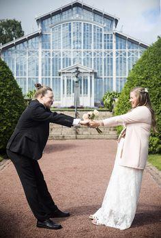 Hääkuvaus Talvipuutarhassa Louvre, Weddings, Building, Travel, Voyage, Wedding, Buildings, Viajes, Traveling