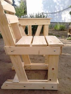Pallet Furniture Pallet Wood Garden Dining Set 2 - My Pallet Wood Garden Dining Set has 4 chairs and a table just the right size for fun lunches with …
