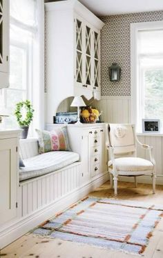 Love this, what a great way to create a window seat with built ins, for a 'normal' house without deep windows. White keeps it really fresh. Home Living, Living Spaces, Living Rooms, Interior Exterior, Interior Design, Interior Ideas, Window Benches, Window Seats, Room Window