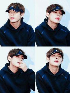 "I'm syndicate money embezzlement cafe."" Story PDKT Taehyung for 10 days via the app's . Jimin, Bts Bangtan Boy, Daegu, Foto Bts, K Pop, V Smile, Bts Kim, Cypher Pt 4, Kim Taehyung"