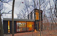 Johnsen Schmaling Architects - Stacked Cabin, Muscoda, WI