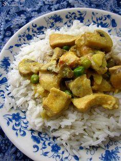 Kuracie kusky so sampinonmi a hraskom India Food, Green Peas, Kung Pao Chicken, Rice, Meat, Ethnic Recipes, Indie, Beef, Indian Cuisine